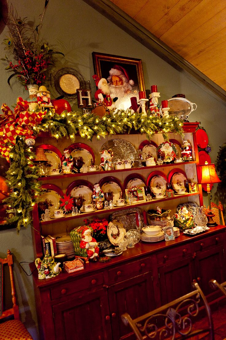 Country christmas table decoration ideas - Show Me More Of A Country French Home Decorated For Christmas