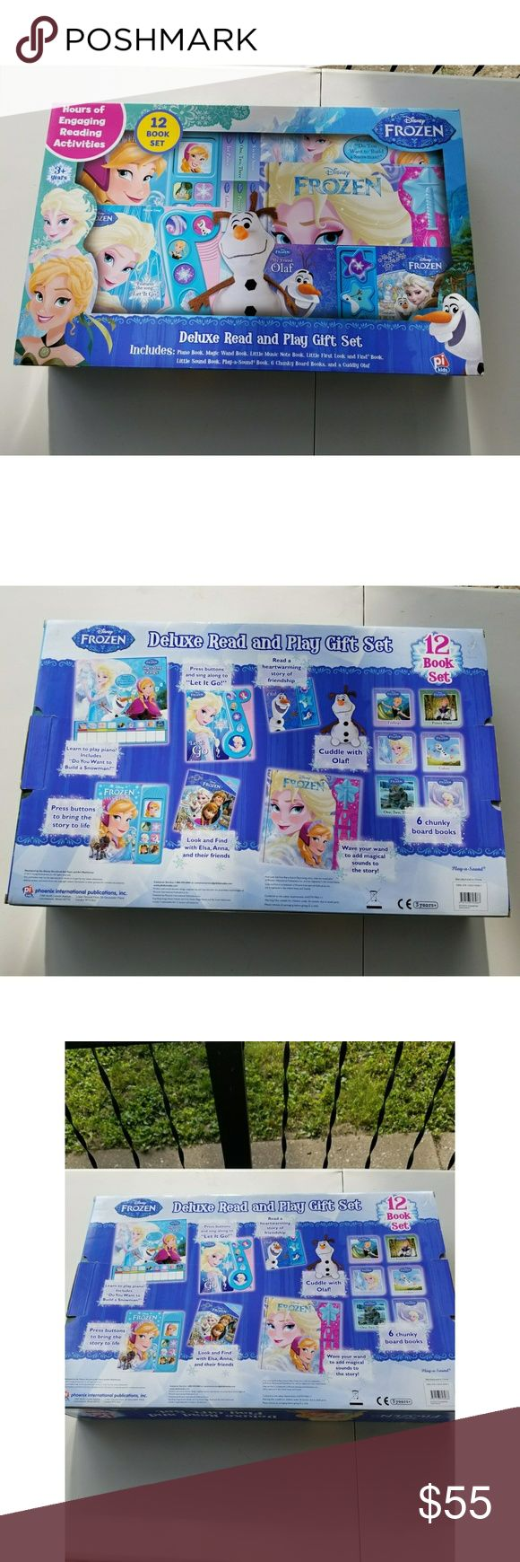 SET OF 12 DISNEY FROZEN BOOK GIFT SET 12 book set includes: piano book, magic wand book, little music note book, little first look and find book, little sound book, play a sound book, 6 chunky board books, and a cuddly olaf   Ships USPS Priority #frozen #disney #books #read #olaf Other