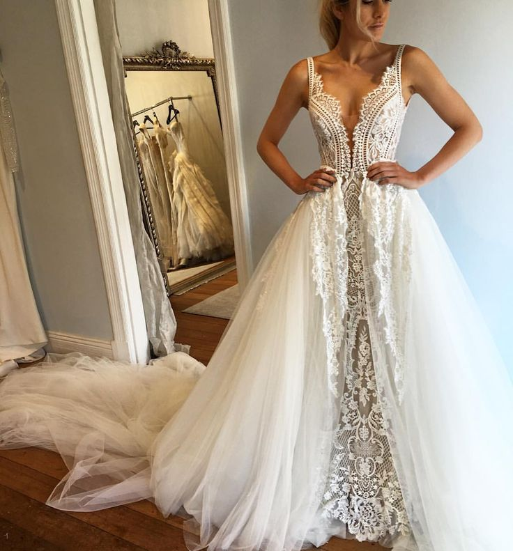 "Pallas Couture on Instagram: ""Beautiful Elle in Pallas Haute Couture ""Venise"" Gown with Detachable Skirt ✨ @pallascouture #pallascouture #australiandesigner #bridalstyle #weddinggown #weddingdress #hautecouture #bridalgown #bridetobe #bride #fashion #wedding #weddinginspiration #bridalinspiration #weddinginspo"""