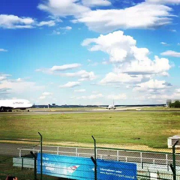 From @j_oberjetlag Goodbye LH720 to Beijing  HAVE A SAFE FLIGHT Spotted during take off on the south runway at frankfurt airport! ________________________________________________________#lufthansa #lufthansaairlines #fankfurt #fraport #beijing #bejinginternationalairport #pek #fra #peking #lh720 #airbus #airbusa380 #a380 #380 #takeoff #runway #plane #planespotter #planeporn #instaaviation #aviationlovers #avitiongeeks #aviationphotography #traveladdict #fernweh #wanderlust #superjumbo…