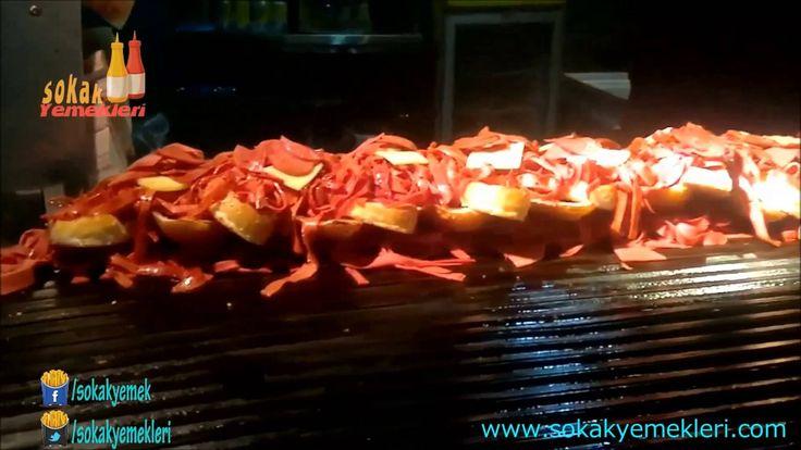 İzmir Sokak Yemeği - Kömürde Karışık Sandviç