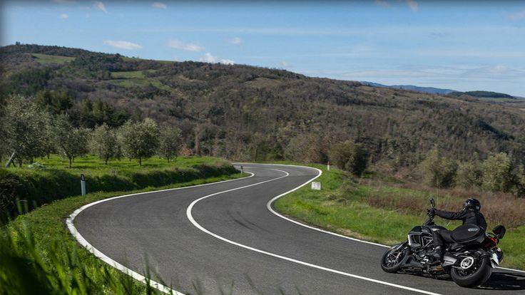 2014 Ducati Diavel Strada used 2014 Ducati Diavel Strada Full Review and Specs