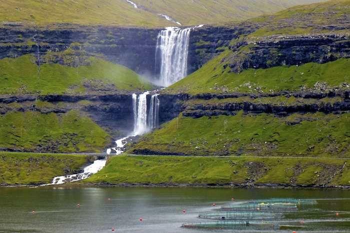 Spectacular waterfall near Oyndarfjordur on Eysturoy