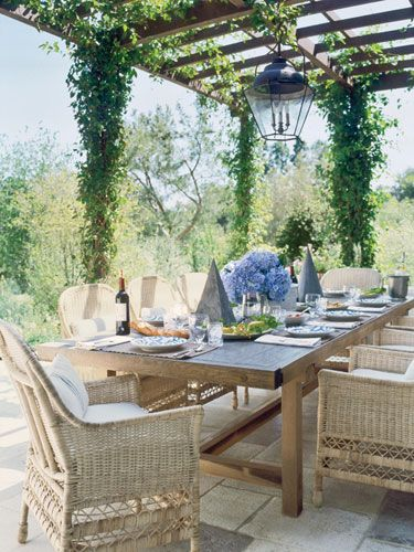 wicker chairs: Dining Rooms, Outdoor Dining, Covers Patio, Outdoor Living, Outdoor Spaces, Wooden Tables, Weights Loss, Wicker Chairs, Antiques Linens