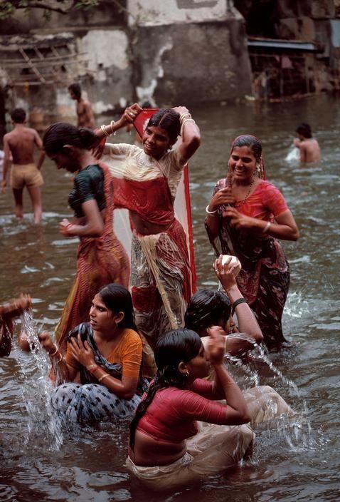 Walkeshwar Temple, India 1980