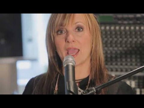 Pop Vocal Exercises: Mastering Your Breath in 10 Minutes a Day - YouTube