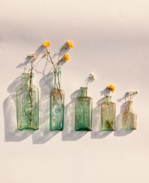 wild flowers in bottles: Wedding Ideas, Cute Ideas, Bottle, Wedding Florals, Craft Ideas, Offer, Flower