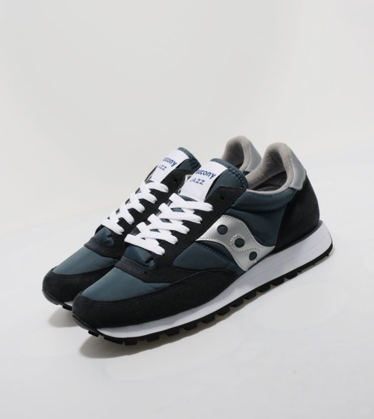 Saucony Jazz - find out more on our site. Find the freshest in trainers and  clothing online now.