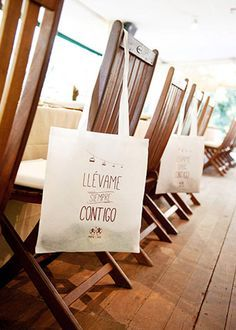 Tote bag para las invitadas. Detallerie   Más que eventos. Tote bag for women. Wedding by Detallerie.