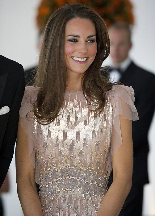 So pretty. Pink Swarovski crystal-studded gown by British designer Jenny Packham