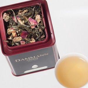 Passion de fleurs (thé blanc délicat aux arômes de rose, d'abricot et de fruit de la passion).