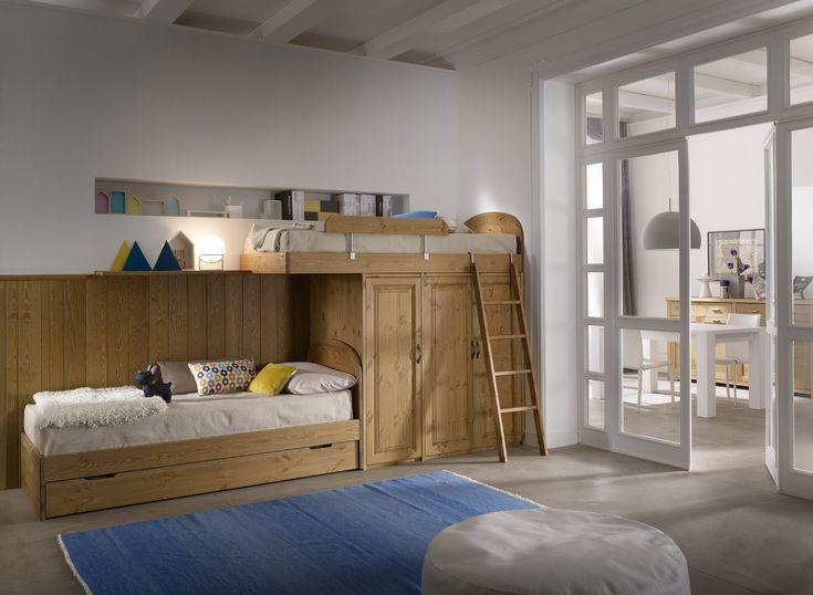 Camera a soppalco interamente in legno massiccio, nuova tinta tabacco, verniciatura ecologica all' acqua. 100% made in Italy.  #bedroom #furniture #loftbed #hardwood #design   www.demarmobili.it