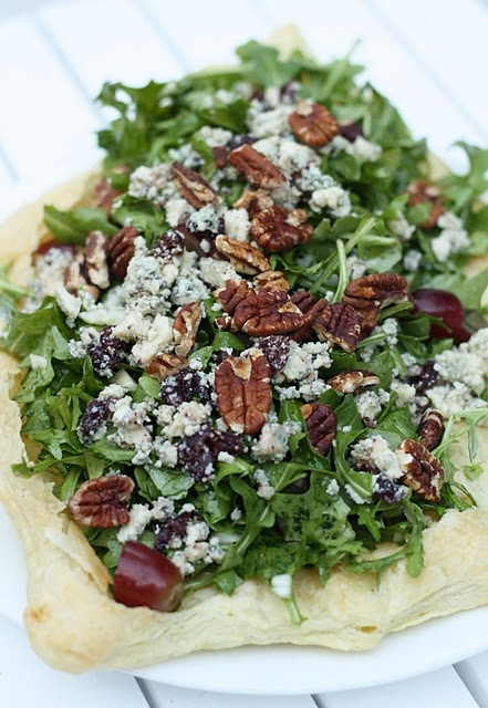 salads are truly tasteful with blue (or goat) cheese, walnuts, and grapes.: Desserts, Blue Cheese, Fennel, Grape, Dinners, Goats Chee, Tasting Bud, Arugula Salad, Favorite Recipes