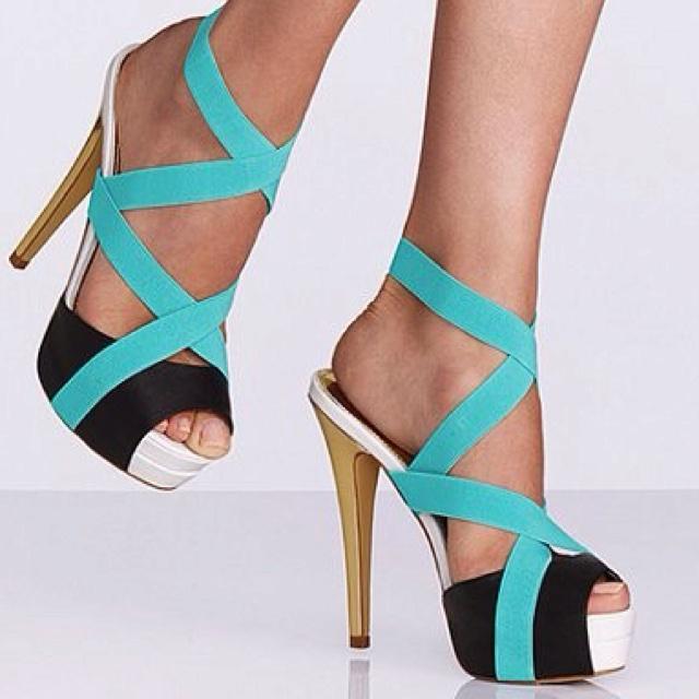 : Colors Combos, Colin Stuart, Tiffany Blue, Summer Shoes, Colinstuart, Black White, Victoria Secret, Black Heels, High Heels