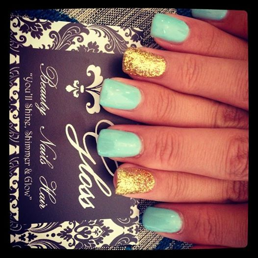 Turquoise and gold nails <3
