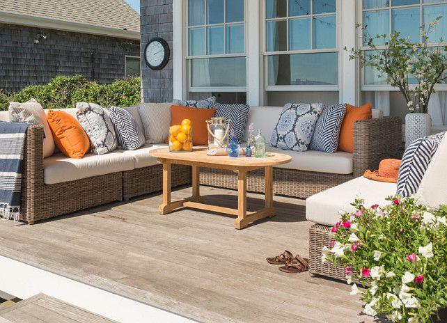 Patio Decor Ideas. Easy and relaxed patio decor. #Patio #PatioDecor   Kate Jackson Design.