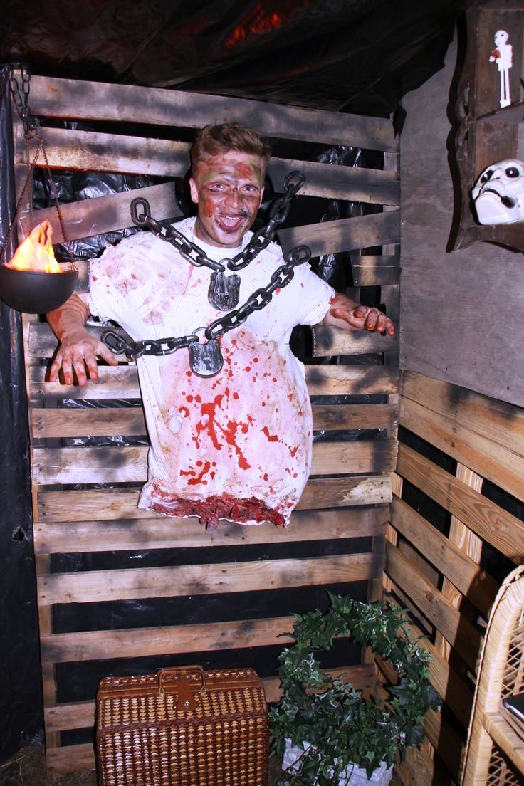 Haunted Garage Halloween Decorations Ideas                                                                                                                                                                                 More