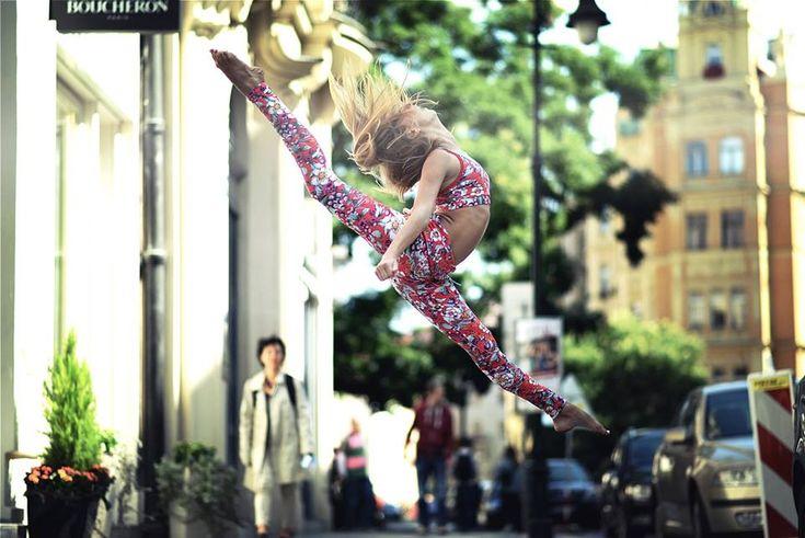Prague... Isabelle... Yoga Wear... #siluetyogawear #madewithloveforyou