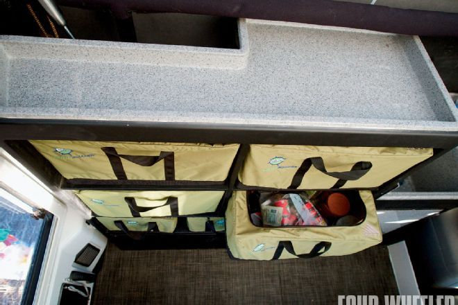 View 129 1001 16 O+earth Roamer 2+lofttop Bed - Photo 27523846 from Earth Roamer 2.0 - 2008 Jeep Wrangler JK Rubicon Unlimited