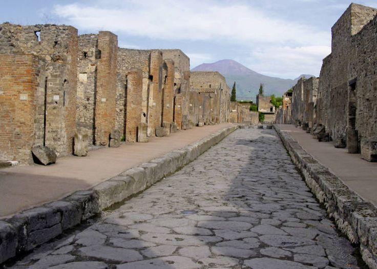 Pompeii. Sad & beautiful at the same time.