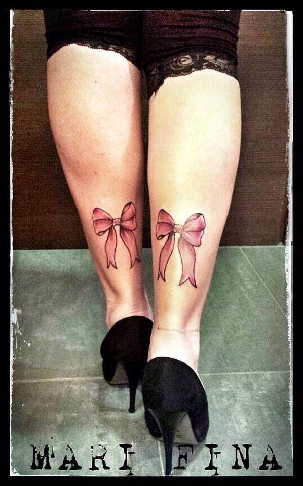 Il fiocco..simbolo di legame.. E noi due come sorelle.. I love you Miriam! ...essere cugine non basta!  Tattoo artist: Mari Fina  Tatuaggio a colori http://www.subliminaltattoo.it/prodotto.aspx?pid=09-TATTOO&cid=18  #fiocco   #subliminaltattoofamily   #marifina   #tattooartist   #cugine   #ribbons   #colortattoo   #tatuaggio   #famiily   #tattoolife