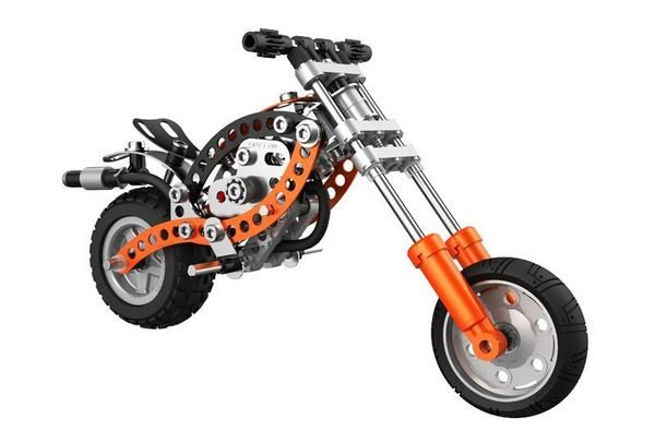 just like Pa's.  A great set for any child to learn great building skills. The Evolution Series from Meccano extends the older children's scope to build more complexedmodels Get ready for a ride on. #toys2learn #meccano  #buildingtoy #skills