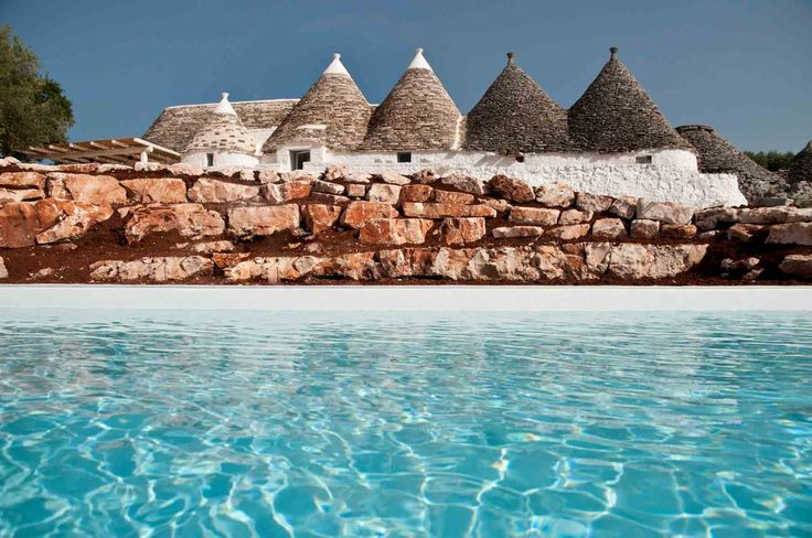 Converted from old farm buildings this 5 trulli complex has been restored to the highest standards of workmanship: it's a restored trullo in Puglia.