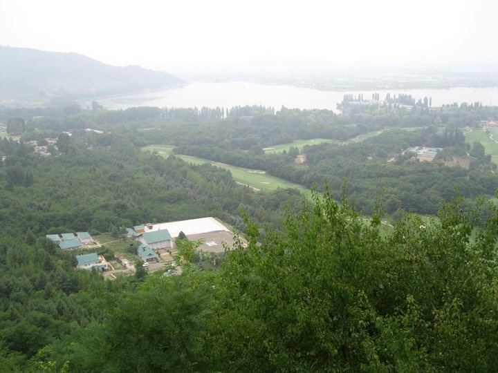A magnificent view of the city of Srinagar.   Photo shared by Ms Nisha Harlalka. #CoxandKings