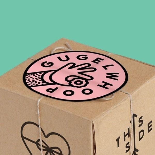 Packaging in Abstract Pantones