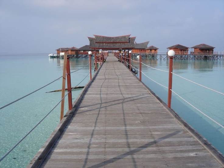 Resort of Derawan Island - East Borneo