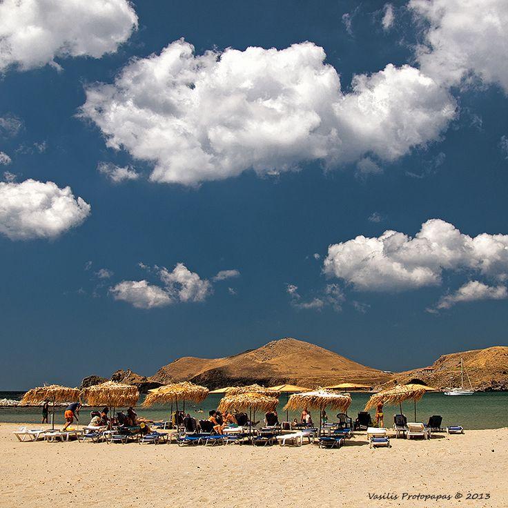 Thanos Beach in de village of Thanos, Lemnos Island, Lesvos, North Aegean_ Greece
