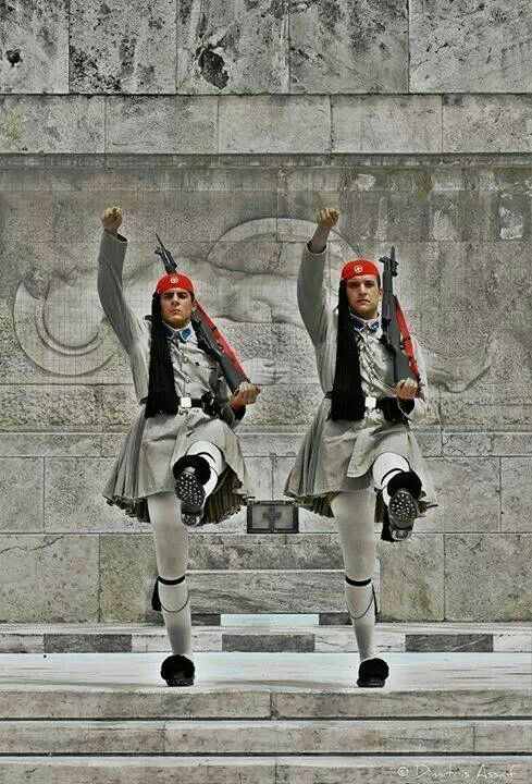 Tomb of the unkown soldier syntagma, athens
