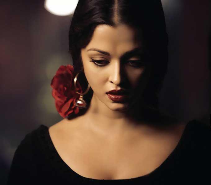 Aishwarya Rai is to black what chocolate chip is to cookies.