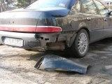 Das Auto wurde erneut absichtlich beschädigt... und warum?  siehe hier: http://www.a2thelight.n.nu/hr-informativ-16s