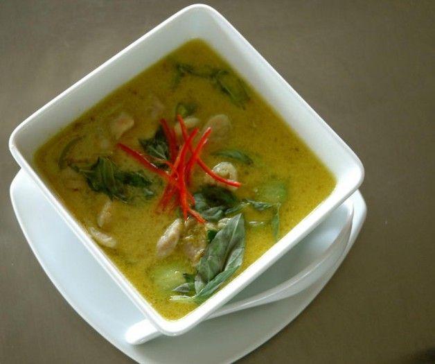 Thai Green Chicken Curry   News   Lorraine Pascale