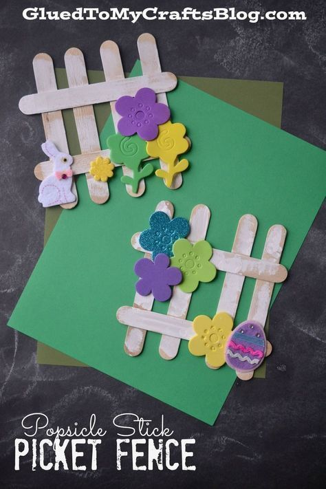 A fun spring craft for kids to make! Popsicle Stick Picket Fence #popsiclestickcraftsforkids