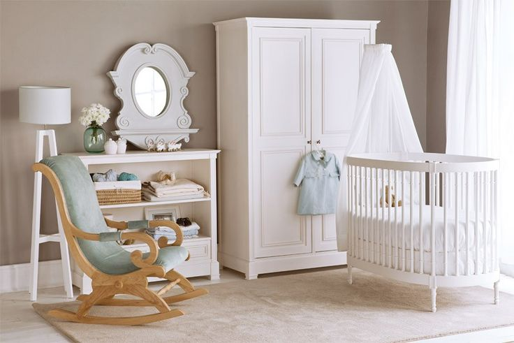 New Classic Oval Cot