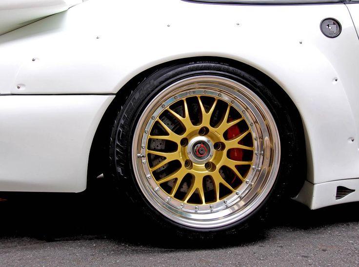 PORSCHE 911 GT2 Racing  TYPE-993   LMP CARS 《 ポルシェ、フェラーリ、アストンマーチン、ベンツ、BMW 等の輸入・販売 》