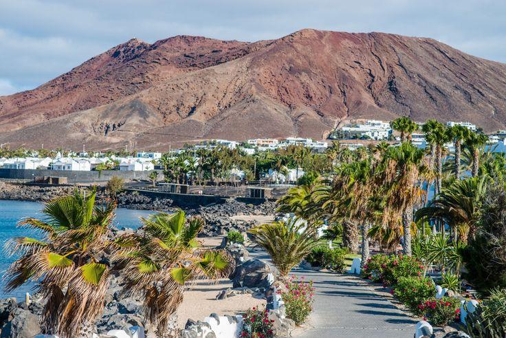 Playa Blanca : Lanzarote : une île volcanique aux plages de rêve - Linternaute