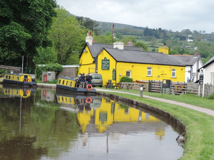 Crickhowell Canal, Wales