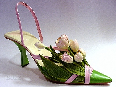Treasured Tulip - 2003 Just the right shoe breast cancer shoe