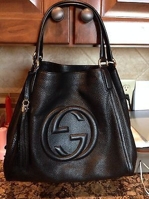 Gucci winter 2015 What a lovely bag made by Gucci. Gucci  Gucci  Purse  makes very beautiful bags! I love them(Gucci Watches,Gucci Wallets,Gucci  Sunglasses ... 648c0464009