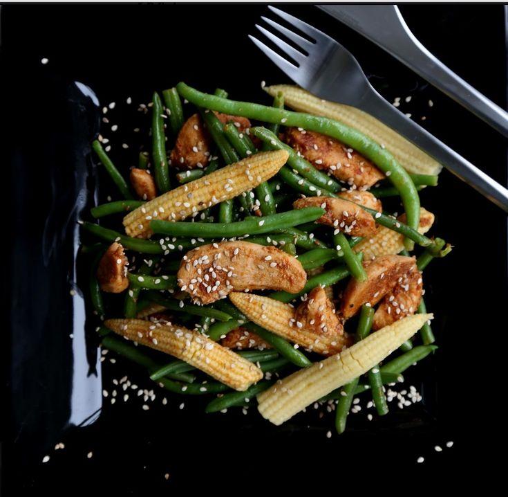 Spisy chiken salad
