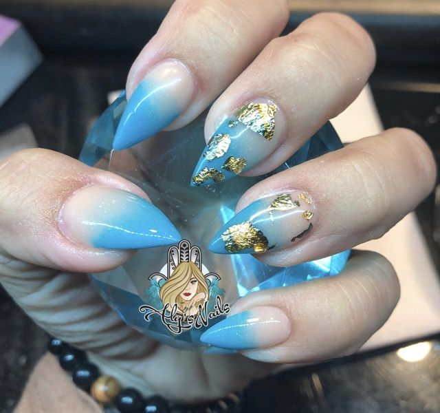 Day 68 Blue Ombre And Gold Nail Art Nail Art Ombre Ombre Nail Art Designs Blue Ombre Nails