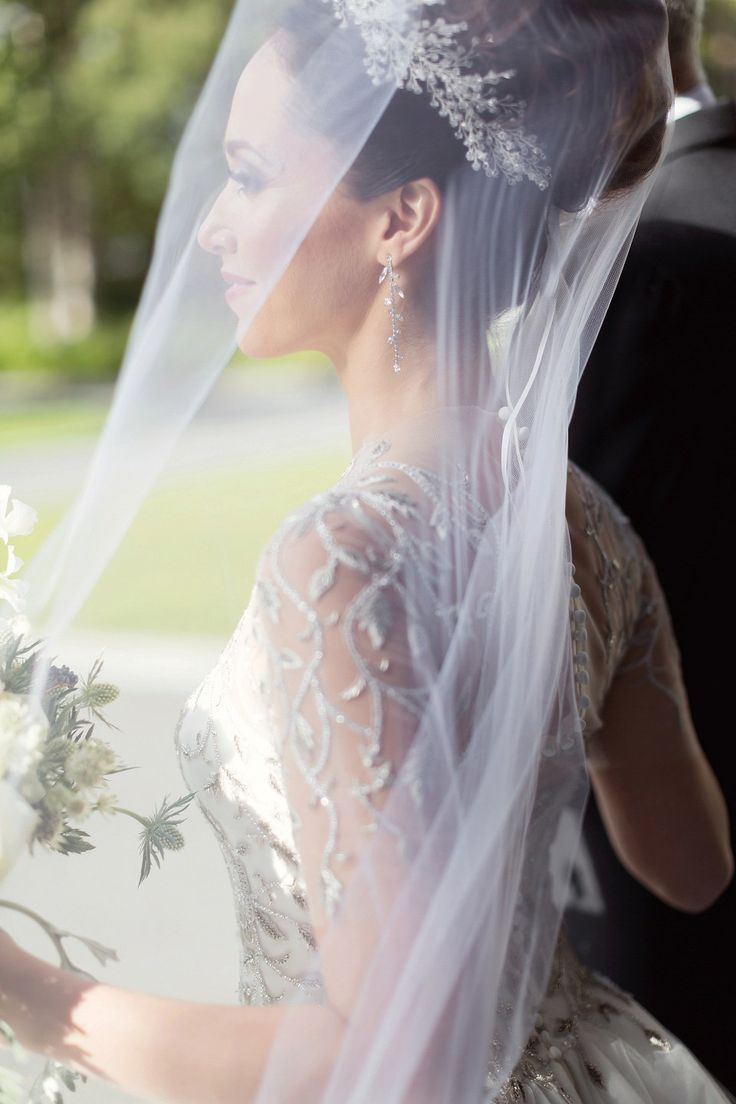 Be Bespoke Bridal Headpieces Ireland - A marchesa gown for a fairy tale celtic and jewish fusion wedding in an irish castle