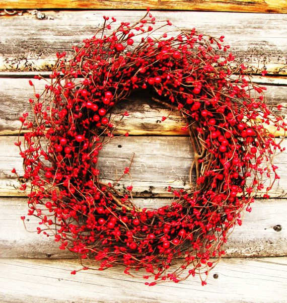 FIRE ENGINE RED- Classic Red Berry Wreath-Christmas Door Wreath-Holiday Wreaths-Winter Decor-Scented Cinnamon Stix- Choose Scent and Ribbon