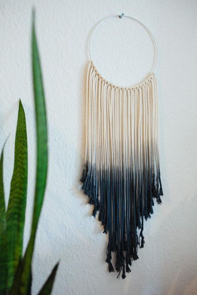 Weiteres - Runder Makramee Wandbehang schwarz ombre - ein Designerstück von HejMargit bei DaWanda