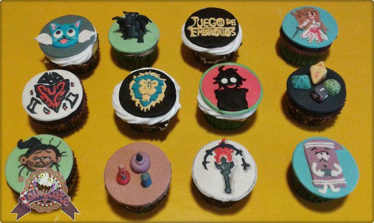 Cupcakes temática variada: Fairy Tail, Log Horizon,Sword Art Online, WOW, South Park, Rol...