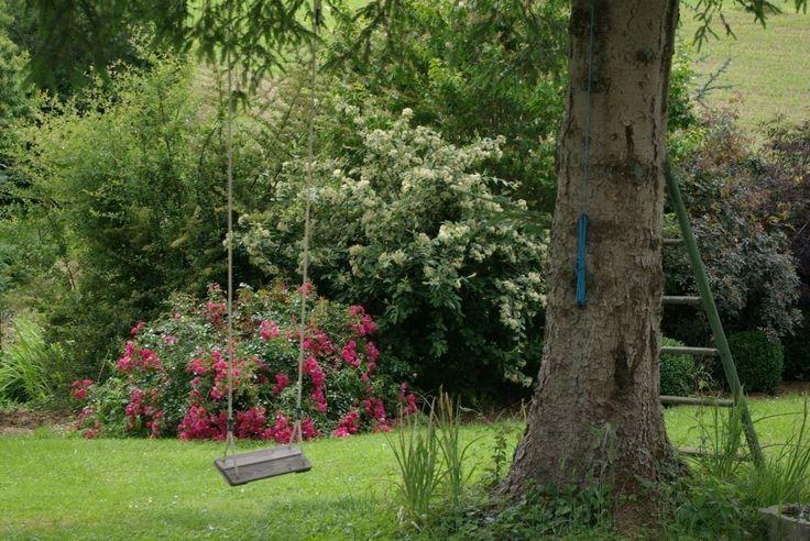 LE COT  dans Les Pyrénées Atlantiques - Gites de france Gîte pour 9 personnes avec 4 chambres à SAINTE-COLOME,  Pyrenees Bearn Entre vallée d'Ossau et Lourdes Grange indépendante accessible aux handicapés