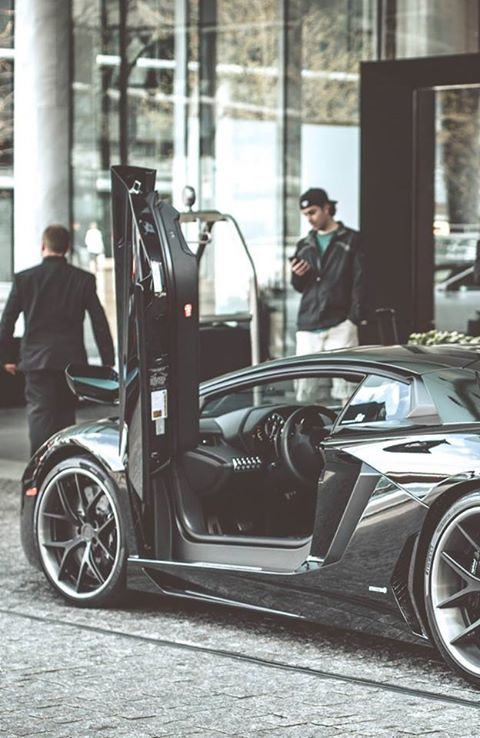 Life's Best #money #talks #Lamborghini #waiting #her #driver